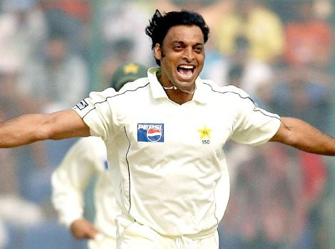 Shoaib Akhtar, no. 2 in our list of top 5 fast bowlers in the last decade