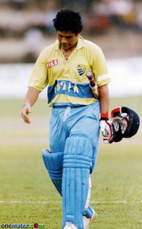 82 off 49 vs New Zealand,Auckland - one of the Greatest Innings of Sachin Tendulkar
