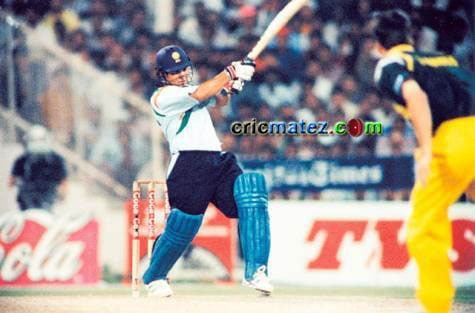 143 off 131 balls vs Australia, Sharjah - one of the Greatest Innings of Sachin Tendulkar