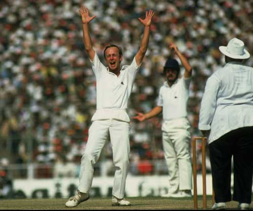 Top Ten Greatest Spin Bowlers Of All Time