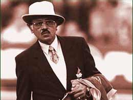 Srinivas Venkataraghavan-  One of the Top 5 Greatest Umpires Of All Time