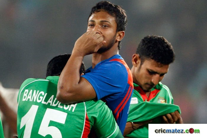 Shakib Al Hasan, Mushfiqur Rahim and Nasir Hossain were in tears after Bangladesh Cricket team narrowly lost the finals of Asia Cup 2012