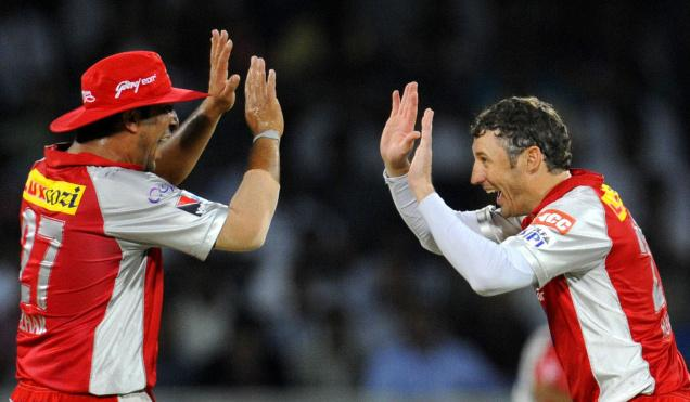 Azhar Mahmood(left) and David Hussey - The  Trump cards for Kings XI Punjab
