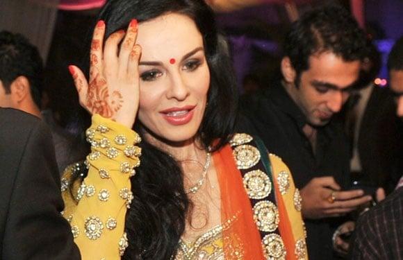 Indian cricketer Shikhar Dhawan married Ayesha Mukherjee