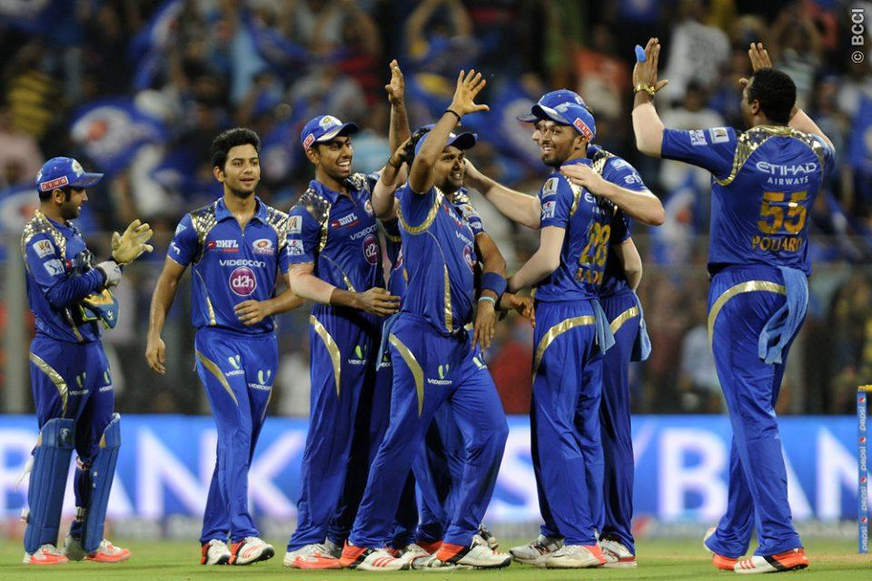 Mumbai Indians celebrate after winning the 1st Qualifier