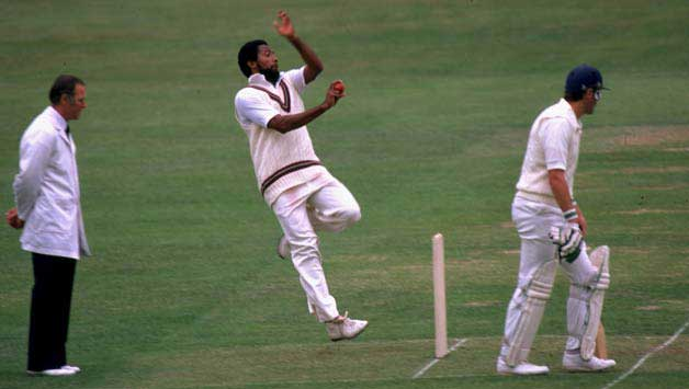 Top 10 Fastest Bowlers to Take 100 wickets in test