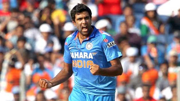 Top 10 Best ODI Bowlers of 2015